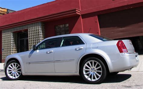 how do cars engines work 2008 chrysler 300 windshield wipe control 2008 chrysler 300c quick drive motor trend