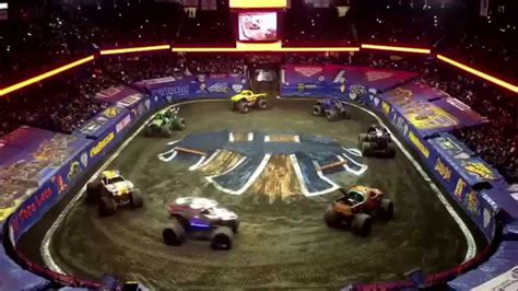 chicago monster truck show monster truck monster jam chicago 2015 youtube
