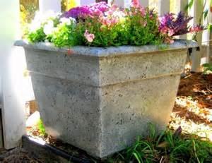 vasi di cemento vasi cemento vasi e fioriere vasi cemento arredamento