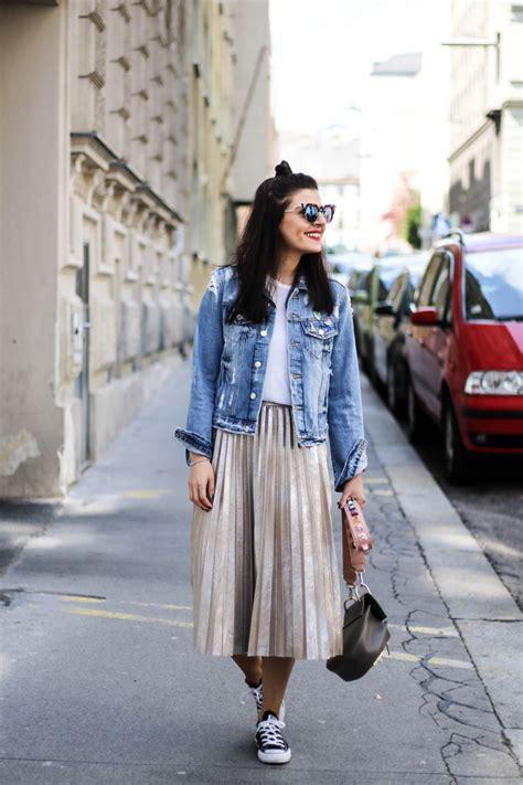 metallic pleated skirt and denim jacket fashionnes