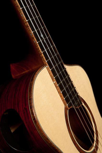 Handmade Ukuleles - custom ukulele cocobolo and engemann spruce baritone