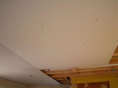 Drywall Tape Ceiling Crack Tradesmetr Drywall Ceiling