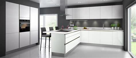 Charmant Plan De Travail Cuisine Blanc Laque #3: cuisine-glossy-diams-couleur-coton-blanc-brillant.jpg