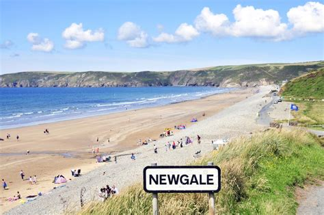 4 Level Split House pembrokeshire beach holidays quality cottages