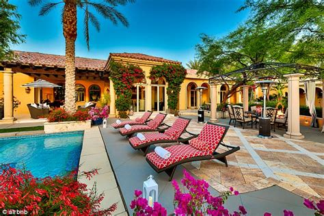 airbnb lamar kendrick lamar gaga stay at free airbnb mansions
