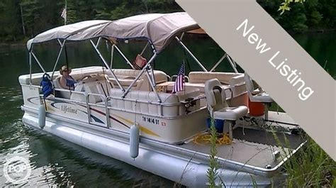 used pontoon boats for sale in somerset ky pontoon new and used boats for sale in kentucky