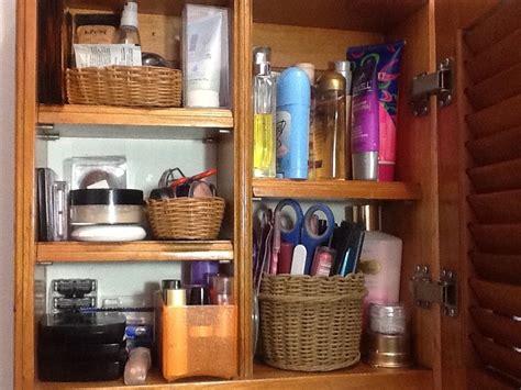 Bathroom Organizers Ideas by Como Organizar El Almacenamiento En Un Ba 209 O Peque 209 O Como