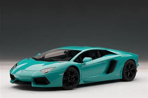 AUTOart: Lamborghini Aventador LP700 4  Turquoise / Blue