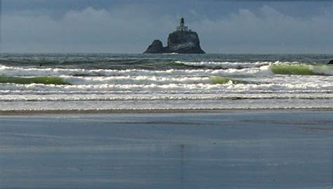 indian beach view of lighthouse cannon beach oregon