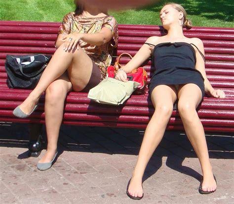 upskirt park bench upskirt photos street voyeur park upskirt random nsfw