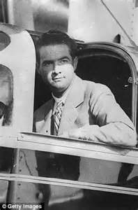 Google interested in Howard Hughes' old airport hangar as