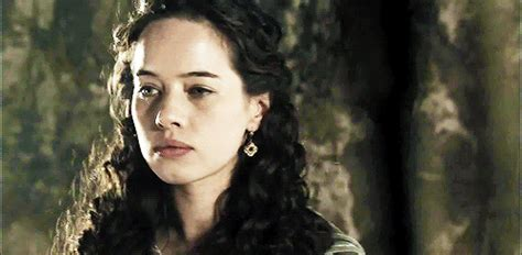 how did they curl anna poppelwale hair in reign anna popplewell gif tumblr