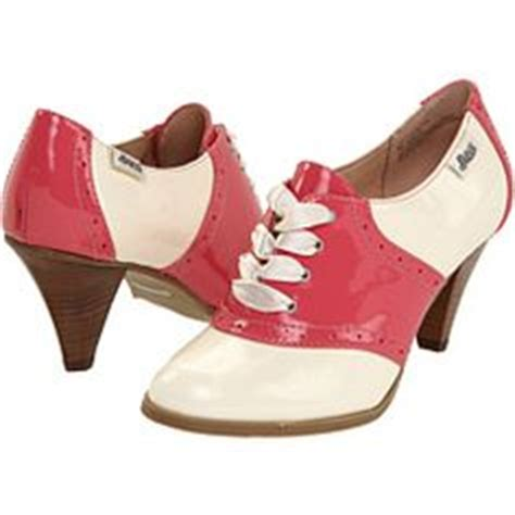 high heeled bowling shoes 1000 images about all things bowling on
