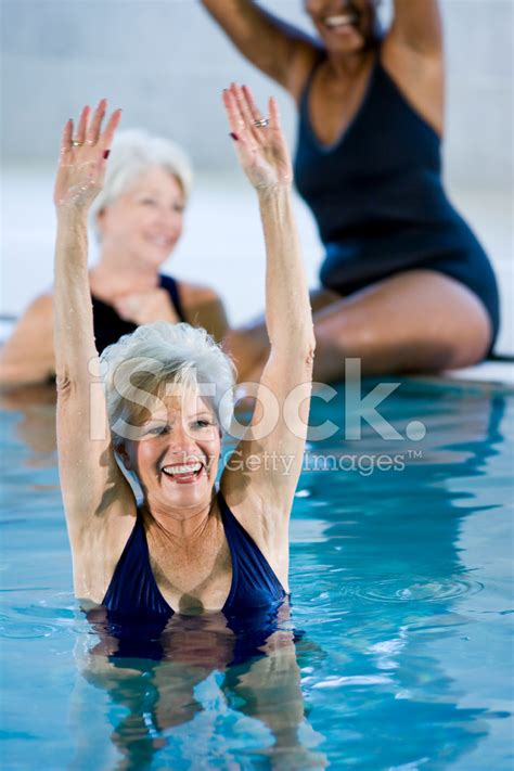 gettyimages senior women swimming pool active senior women at swimming pool stock photos
