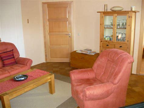 Wohnzimmer Gemütlicher Machen by K 252 Che Grau Streichen