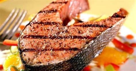 come cucinare il salmone in padella ricetta salmone in padella cucina green