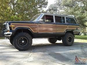 truck jeep wagoneer classic