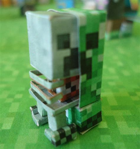 Minecraft Creeper Papercraft - papercraft mini creeper anatomy extended