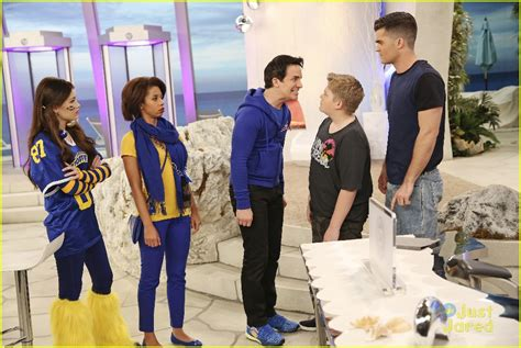 lab rats challenge billy unger shows team spirit on tonight s lab rats