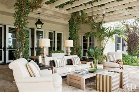Outdoor Living Room | coastal home 10 ways to to transform your outdoor living