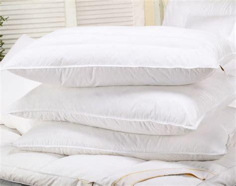 100 White Goose Pillows by Luxury 100 White Goose Feather Pillows Neck Health Care
