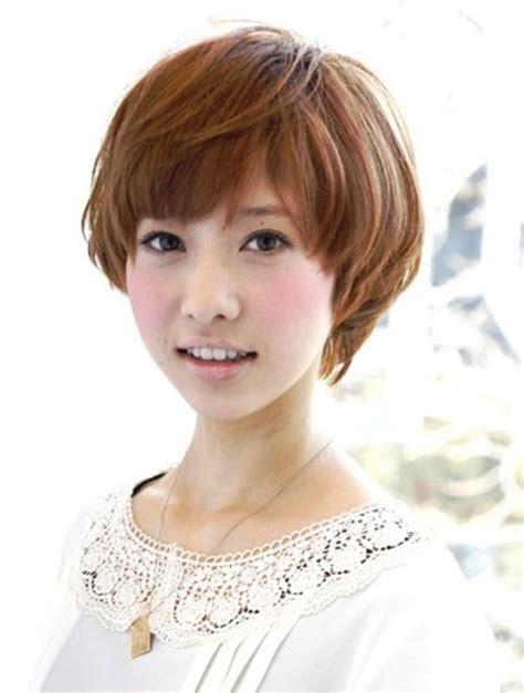 short cut with chinese bang 台北東區 ant髮型設計 女生流行髮型 女生流行短髮髮型 捲髮篇