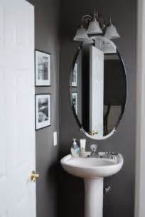 Small Grey Bathroom Ideas by 17 Best Ideas About Small Grey Bathrooms On Pinterest