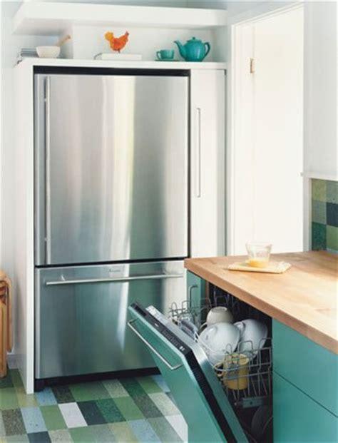 Vct Kitchen Floor by Frugal Kitchen Flooring The Decorologist
