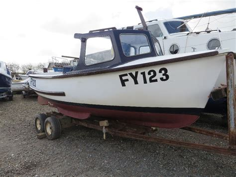 pilot boat for sale 18ft plymouth pilot boat for sale with road trailer