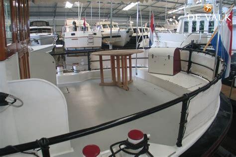 luxe motorjacht te koop luxe motor motorboot te koop jachtmakelaar de valk