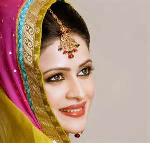 Multi Colored Flowers - pakkistani mehndi makeup ideas in pictures top pakistan