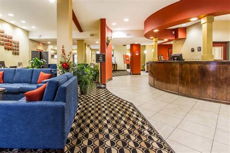 comfort inn suites airport south comfort suites airport south 2017 room prices deals