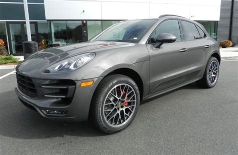 porsche macan silver 2016 porsche macan silver 200 interior and exterior images