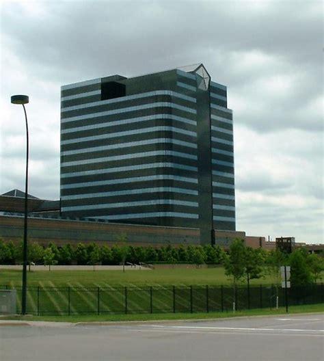 Chrysler Salary by Chrysler Headquarter Building Fca Fiat Chrysler