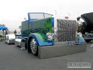 Semi Truck Accessories Chicago West Coast Customs Big Rig Show Semi Trucks Diesel