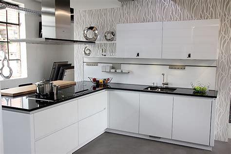 küche halbinsel k 252 che moderne barrierefreie k 252 che moderne barrierefreie