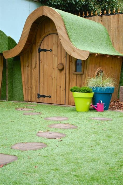 wendys dog house 12 best gardens for children images on pinterest play areas architecture and arquitetura