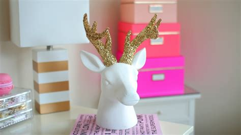 winter room decor diy chrismas winter room decor sparkly deer