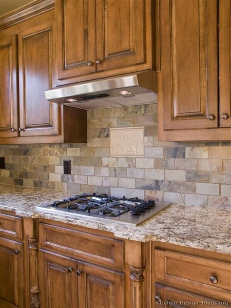 pictures of backsplashes in kitchens best 25 kitchen backsplash ideas on
