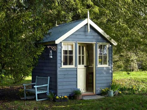 Yellow Shed Paint by 17 Best Ideas About Slate Blue Walls On Slate