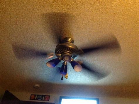 which way should a ceiling fan go in the summer ceiling fan spin which way should a ceiling fan spin