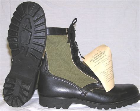 army pattern boots why do soldiers wear brown boots instead of green or camo