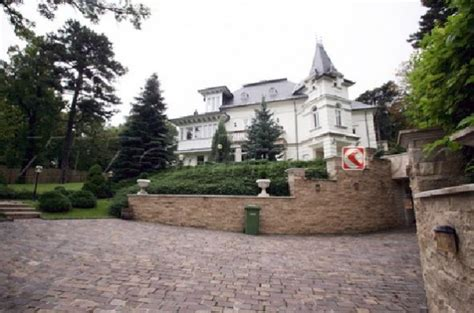 angelina jolie house angelina jolie s new house in hungary