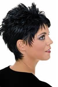 kurzhaarfrisuren damen farbe fransige kurzhaarfrisur in schwarz schicke kurzhaarfrisuren f 252 r damen