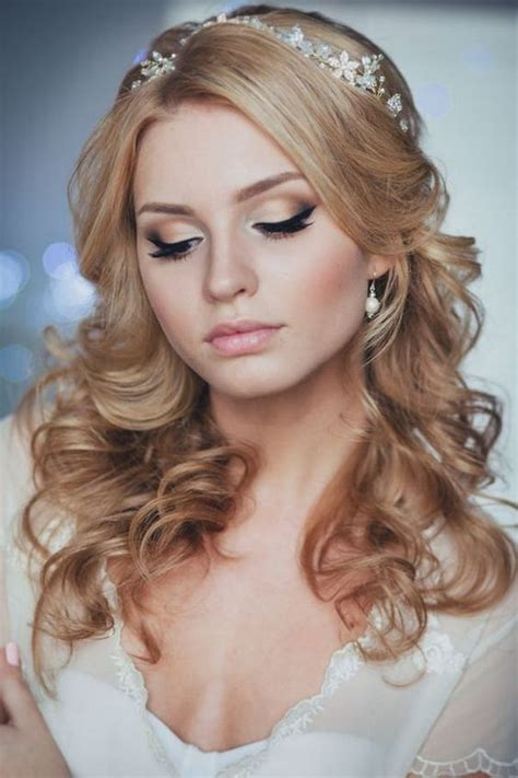 wedding hair on sunday sunday inspirations 30 headpieces that will keep you on