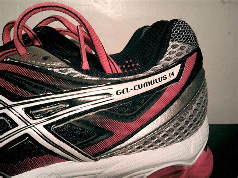 Sepatu Asics Cumulus 14 asics gel cumulus 14 preview running shoes guru