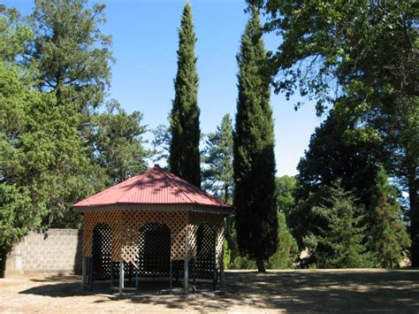 Kyneton Botanical Gardens Kyneton Photos Travel Accommodation Visitor Guide