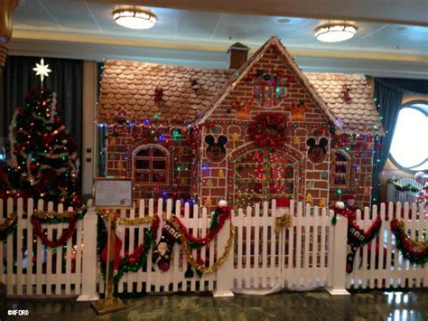 disney decorated homes a mom and the magic disney fantasy archives