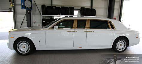 gold phantom car stuart hughes rolls royce phantom solid gold stuart hughes