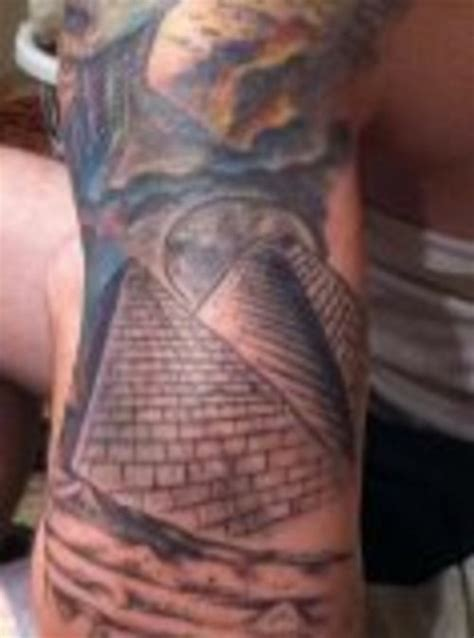 egyptian pyramid tattoo pyramid designs memes